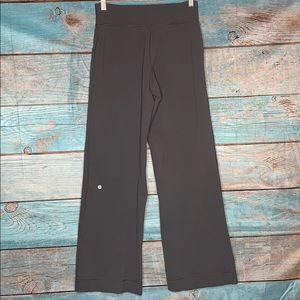 Lululemon Gray Sweatpants Size 4 Pockets